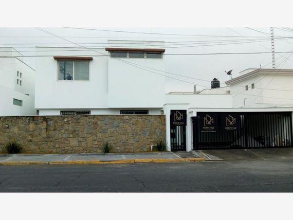 Casa en Fuentes del Valle