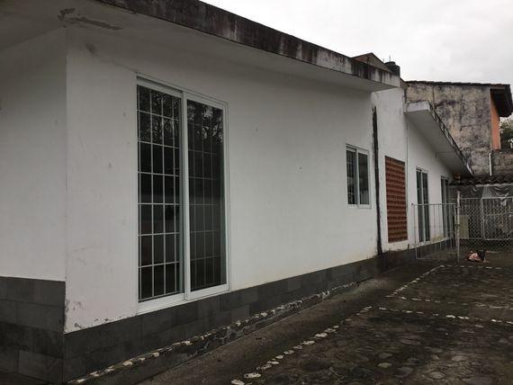 Hermosa y amplia Casa Campestre 1 nivel en la zona de Briones