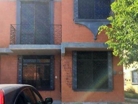 Bonita Casa en Jojutla, Mor. muy cerca de hospital General Meana