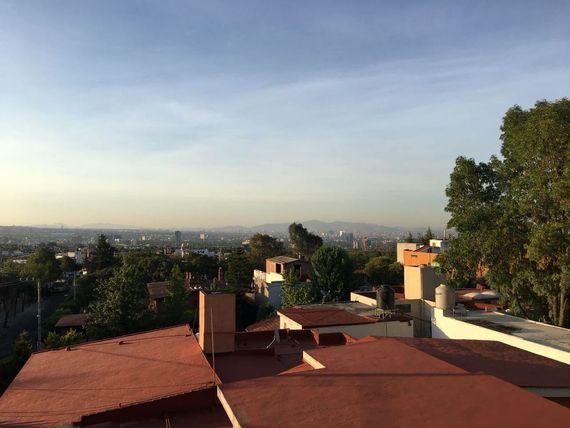 Casa a 10 min TV Azteca (vigilancia)
