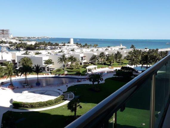 Departamento en Novo Cancún