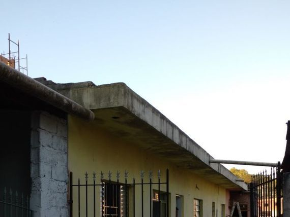 "Casa, 2 dormitórios, 2 vaga, <span itemprop=""addressLocality"">Jaraguá</span>"