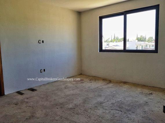 Residencia Nueva De Lujo En Valle Real