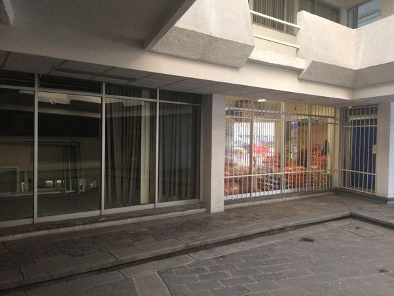 Locales Disponibles en Renta Plaza Comercial