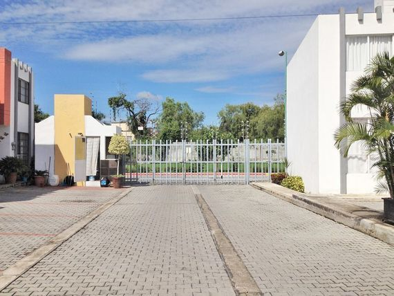 "Casa en renta <span itemprop=""addressLocality"">Emiliano Zapata</span> cerca UTEZ"