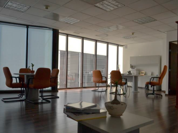 """Oficinas en <span itemprop=""""streetAddress"""">Paseo De La Reforma</span> - En Renta - Acondicionadas"""