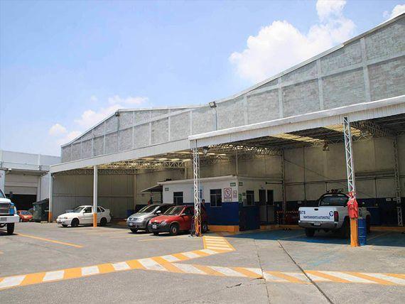 "Bodega en Parque Industrial sobre av. <span itemprop=""streetAddress"">Morelos</span> en Ecatepec Edomex."