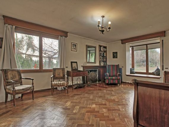 Encantadora casa emplazada en un terreno 15250 mts