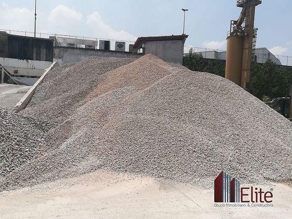 Terreno Industrial/Comercial en Venta o renta en Cuatitlán Izcalli