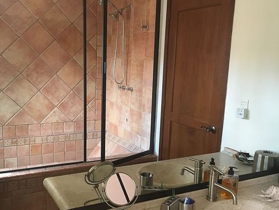 """Casa en condominio parte baja <span itemprop=""""addressLocality"""">Las Aguilas</span>"""