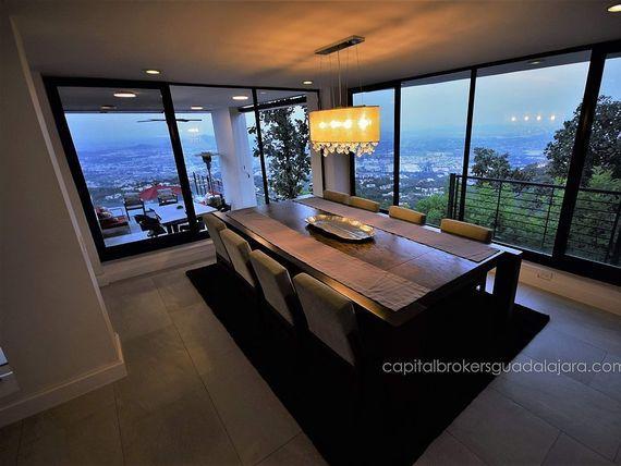Residencia de lujo Panoramica El Palomar zona sur