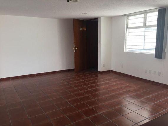 Departamento en venta con uso de suelo mixto para oficina