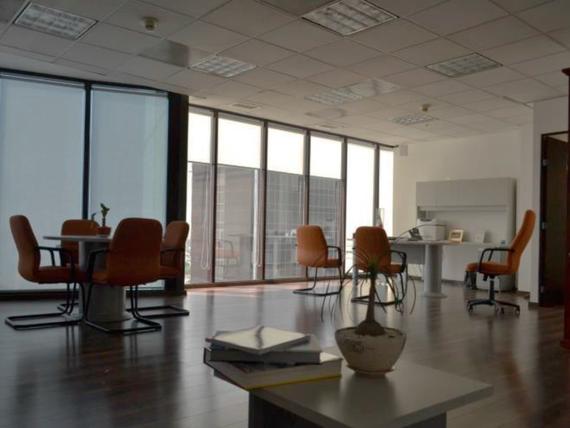 "Oficinas en <span itemprop=""streetAddress"">Paseo De La Reforma</span> Bodegas - Renta"