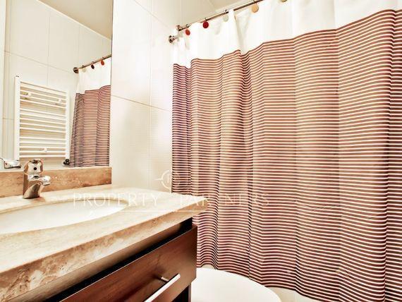 """Exclusivo a Pasos Club House  <span itemprop=""""streetAddress"""">Marbella</span>"""
