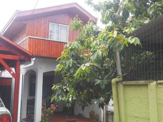 Se vende casa en villa Ferrocar en Chillan