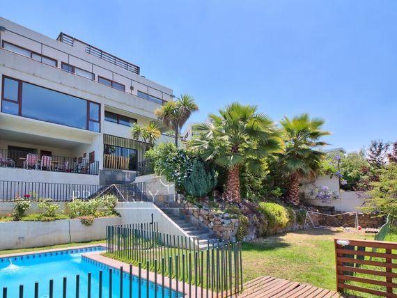 Linda casa mediterranea con espectacular vista