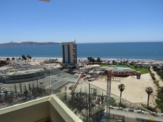 Departamento nuevo en avenida del mar con grandiosa vista