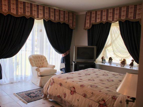 """Oportunidad! espectacular casa con terminaciones de lujo en San Vicente, <span itemprop=""""addressLocality"""">Pirque</span>"""