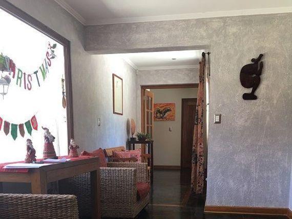 Gran Parcela con casa condominio Las Palmas de Oliveto 4D/4B + Sala Estar + serv