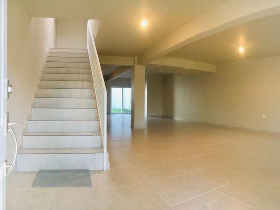 Casa Nueva en Venta en Altamira