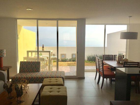 Estrena casa moderna en Privada! Zona Zakia