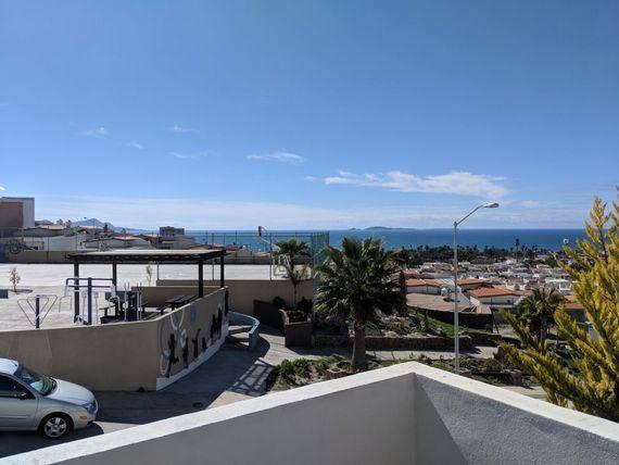 Casa con vista al mar amueblada para ejecutivos