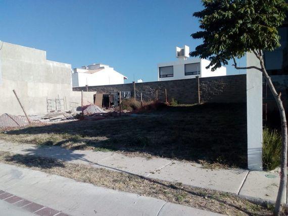 Terreno en Mayorazgo La Gavia