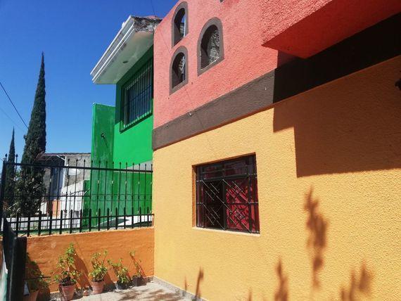 Casa en venta de una planta más departamento