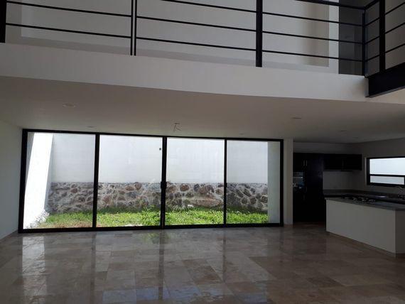 """Preciosa Residencia de Autor en <span itemprop=""""addressLocality"""">Zibatá</span>, 3 Recamaras, Family Room, Roof Garden.."""