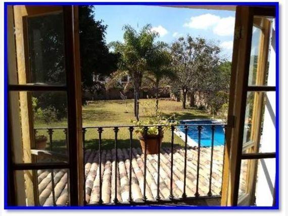 Hermosa Residencia en Jurica, Estilo Colonial Mexicano, 10 Autos, 4 Habitaciones