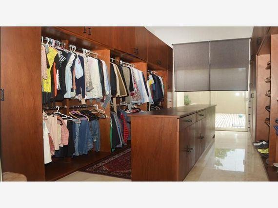"Preciosa Residencia en <span itemprop=""streetAddress"">Jurica</span>, T.1,770 m2 - Jardines, Alberca, LUJO !!"