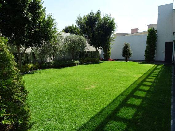 Casa con uso de suelo para servicios notariales