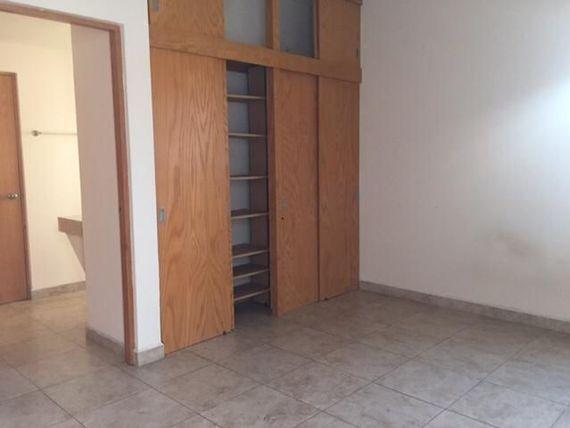 """Departamento Amueblado en Renta en <span itemprop=""""streetAddress"""">Miravalle</span>"""