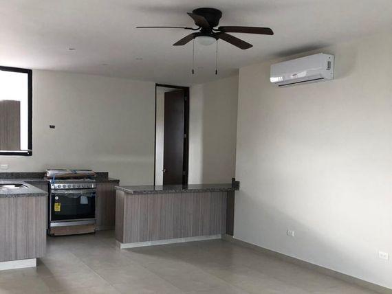 Renta de modernos condominios  en Montebello
