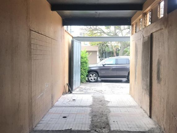 """Local comercial en Av. <span itemprop=""""streetAddress"""">Providencia</span>"""