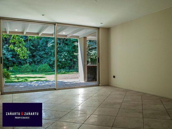 Gran estilo de casa - San Damian