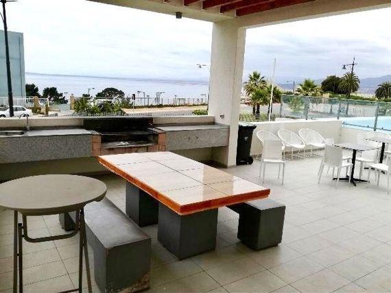 Departamento amoblado, con espectacular vista al mar, Costa de Montemar, Concón