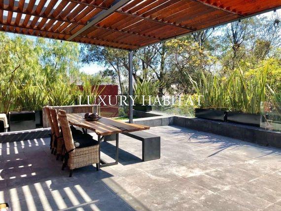 """Casa en condominio en Av de las Fuentes <span itemprop=""""addressLocality"""">Jardines del Pedregal</span>"""