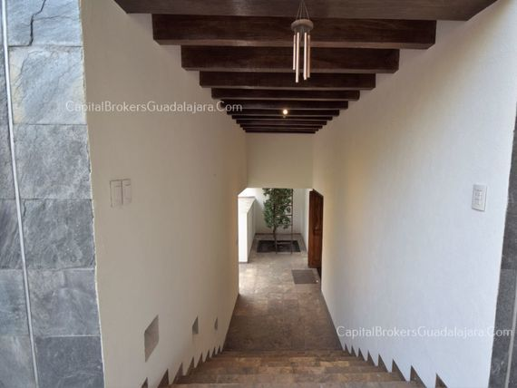 Casa bugambilias 2da sección con amplio jardin