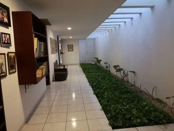 * Casa de una planta en Privada dentro Merida