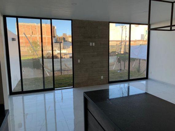 "Casa en Venta en Valle Imperial, <span itemprop=""addressLocality"">Zapopan</span>"