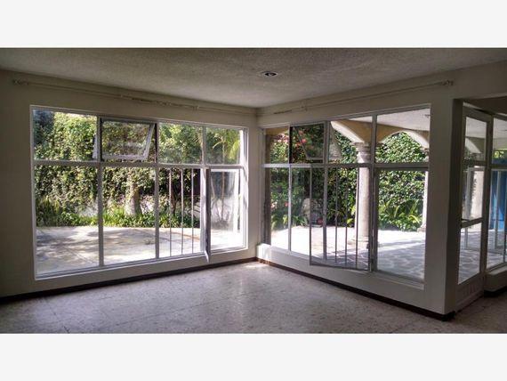 Casa en Renta en Jacarandas