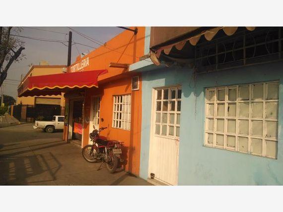 Local en Venta en Luis Echeverria (fomerrey 75)