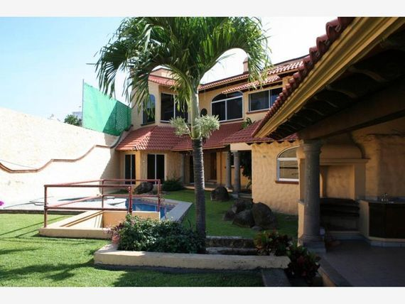 Casa en Venta en Fracc. Burgos Bugambilias