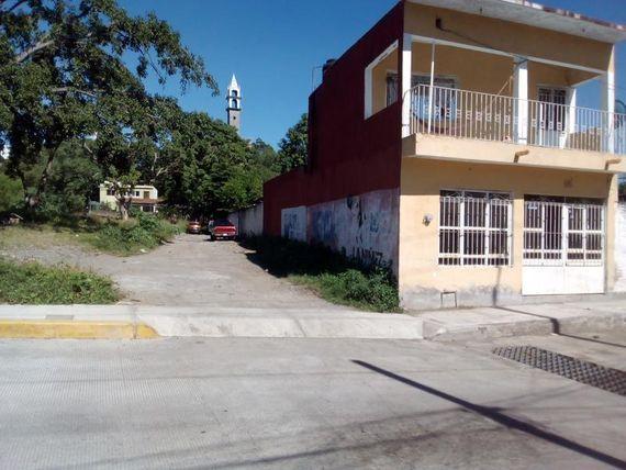 """Terreno en Venta en col. San Isidro, <span itemprop=""""addressLocality"""">Villa de Álvarez</span>, Colima; cerca del jardín del arte"""