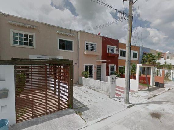 "Casa en Venta en <span itemprop=""addressLocality"">Supermanzana 528</span>"