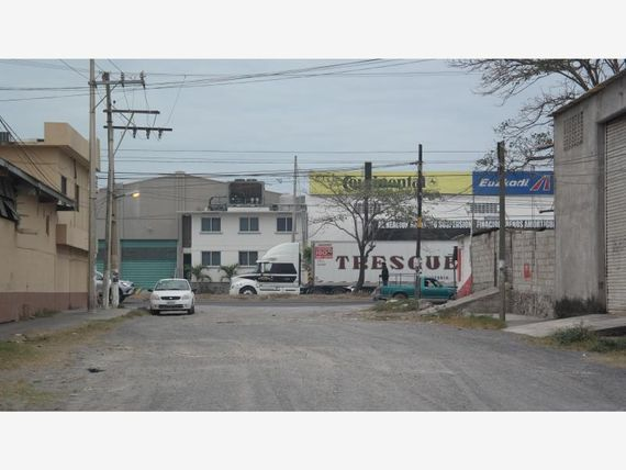 Bodega en Renta en Amapolas 1ra Secc