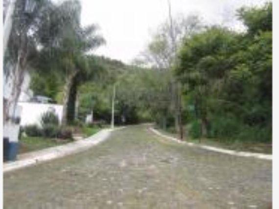 Terreno en Venta en Fracc. Las Cañadas