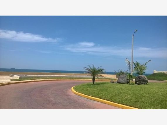 Casa en Venta en Fracc. Playa Dorada