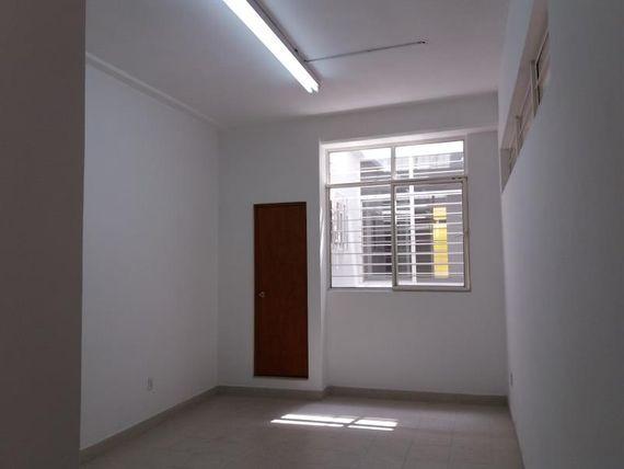 Edificio en Venta en VENTURA PUENTE